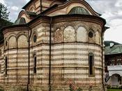 Ruta Rumanía. Monasterio Cozia, monumentos valiosos arte medieval rumano