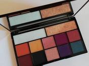 "Makeup revolution carmi ""kiss fire"": review swatches"
