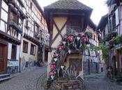 ronda Eguisheim Navidad, perfecto pueblo Bella.