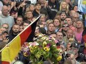espías: Merkel quiere cesar director servicios Inteligencia alemana.