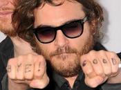 Joaquin Phoenix negocia protagonizar filme sobre Cienciología