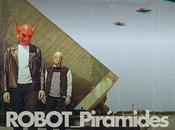 ROBOT Pirámides: Mírame single debut