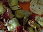 Merluza salsa pimientos piquillo revuelto alcachofas