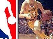 quién silueta aparece logo NBA?