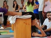 Yoga adaptado apoyos para práctica asanas. correcto utensilios yoga. Rafael Valencia Joaquín Weil, marzo Seminario Formativo