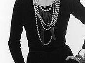 Coco Chanel estilo durante décadas!