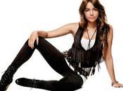 Miley Cyrus descarta grabar temas español