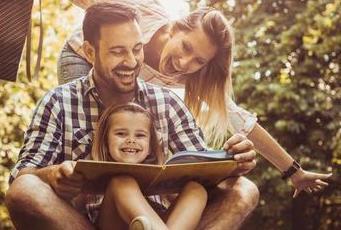 educación aumenta felicidad niños