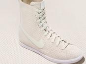 Nike women's racquette premium.