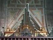 órgano Pravia: impecable Melcova