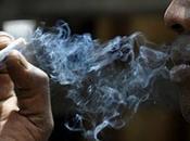 Nueva York prohíbe fumar parques