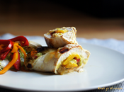 Rollitos pollo verduras guacamole