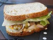 Sándwich atún huevo
