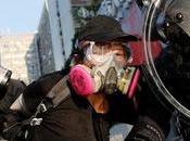 China Comunista celebra Aniversario mientras Hong Kong arde.