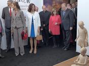 Virgen Viñas otorga mención honor escultor español Pedro Quesada