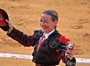 Mari Vega triunfa Nuevo Laredo