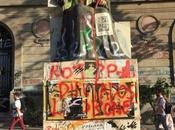 Chile. casitas Barrio Alto. Protesta incomoda