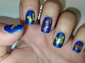 Diseño uñas azul mariposas