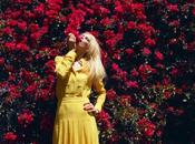 gusta Claudia Schiffer para Harper's Bazaar