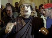 Gobierno libio rechaza orden arresto contra Gaddafi