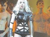 Lady Gaga monta espectáculo erótico discoteca Sydney