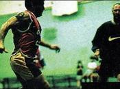 Video Inédito. Diego Maradona jugando futsal club Parque.
