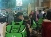 Repartidores solidarizan familias pacientes Hospital Central