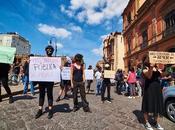 Estudiantes manifiestan contra alza inscripciones UASLP