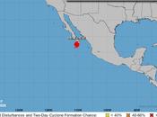 "Huracán ""Genevieve"" hace sentir severos efectos costa Pacífico mexicano"