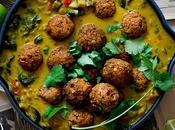 Albóndigas lentejas salsa curry