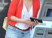 Look: Hilary Duff toque naranja!