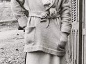 Camelia Coco Chanel: historia detrás este icono