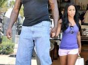 Shaq gigante enamorado.