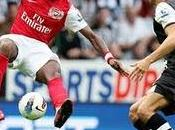 Debut tarjeta roja para Gervinho Arsenal( Newcastle)