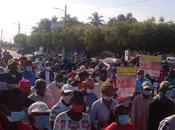 Cientos marchan Bahoruco contra despojo destrucción parcelas Consorcio Azucarero.