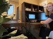 Familia improvisa oficina aseo casa para teletrabajar