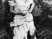 OBRA MES: Alice vestida vagabunda, fotografía Lewis Carroll (1858).