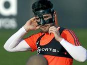 Futbolistas mascara