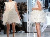Kate Moss camina firme sobre pasarela Louis Vuitton, Primavera Verano 2012