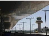 Fomento retrasa venta aeropuertos Barajas Prat