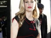 Kristin Bauer cambia colmillos brujería