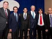 Aznar volvió posar Bush, esta contra Cuba