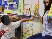 Sasha Grey ejerce profesora escuela infantil