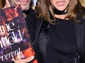 "Carine Roitfeld, acompañada Marc Jacobs, firma ejemplares ""Irreverent"" Nueva York"