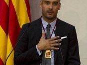 Guardiola recibe medalla Honor Parlamento Cataluña
