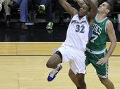Sasha Pavlovic vuelve Boston Celtics, Reggie Evans estaría borde firma
