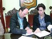 consistorio prieguense fermín vioque rubrican acuerdo para gestión canteras
