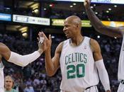 Celtics: Dwight Howard piensa verde