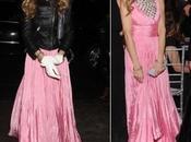 Sarah Jessica Parker, vestido noche Oscar Renta cazadora motera. gusta disgusta?