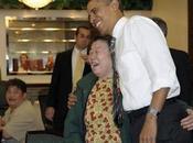 Admiradora agarra trasero Obama